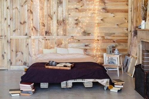 Cantinho de estudos e leitura em quartos juvenis