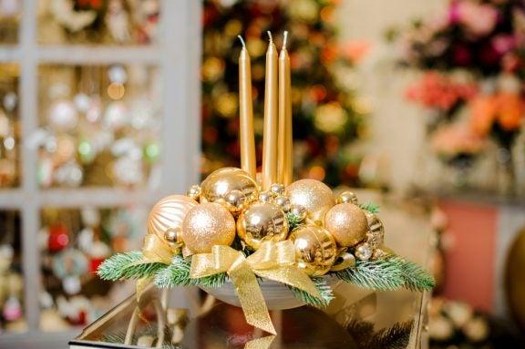 Centros de mesa com estilo natalino
