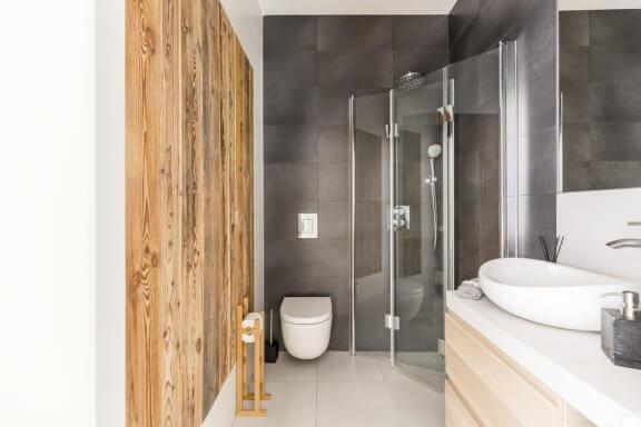 7 ideias para aproveitar um pequeno banheiro