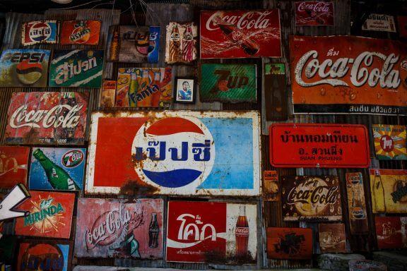 Decoração vintage através de marcas antigas de refrigerantes
