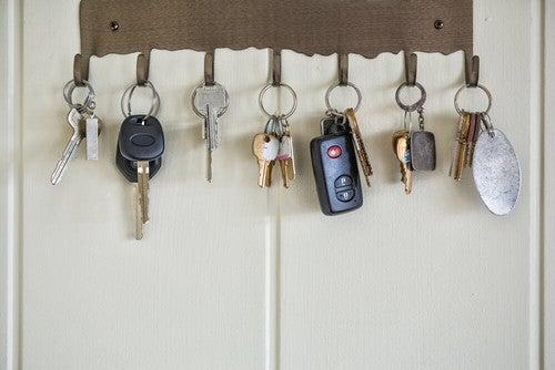 Ideias originais para pendurar seus chaveiros em casa