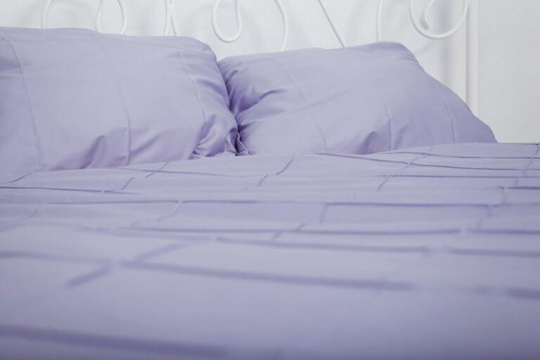 Escolha os lençóis da cama de acordo com a época do ano
