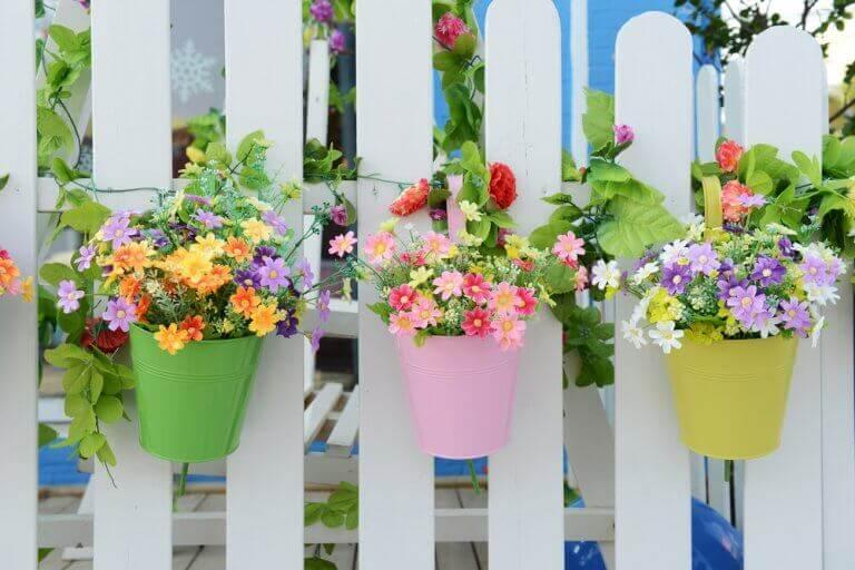 Vasos de plástico: vantagens e desvantagens