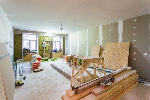 Construa divisórias duplas para insonorizar sua casa