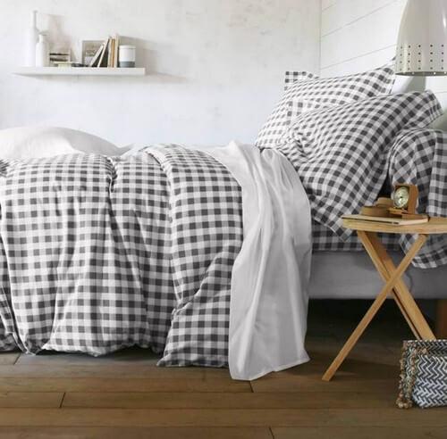 Se você é um fã de decoração, certamente não chama a estampa típica das toalhas de piquenique de xadrez