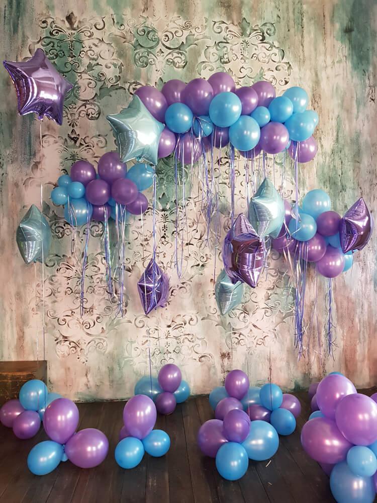 Balões para decorar uma festa de 15 anos.