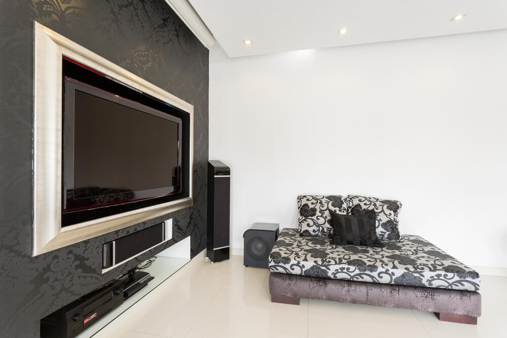 Como camuflar a televisão em casa