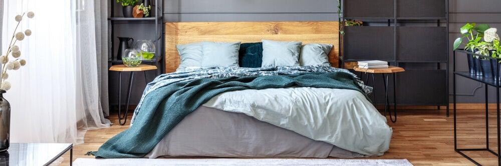 Uma cama com estilo e de baixo custo
