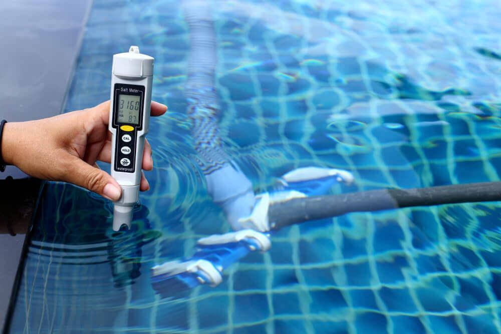 medir parâmetros da água da piscina
