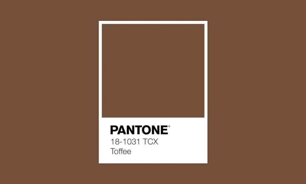 Pantone da Primavera cor Toffee