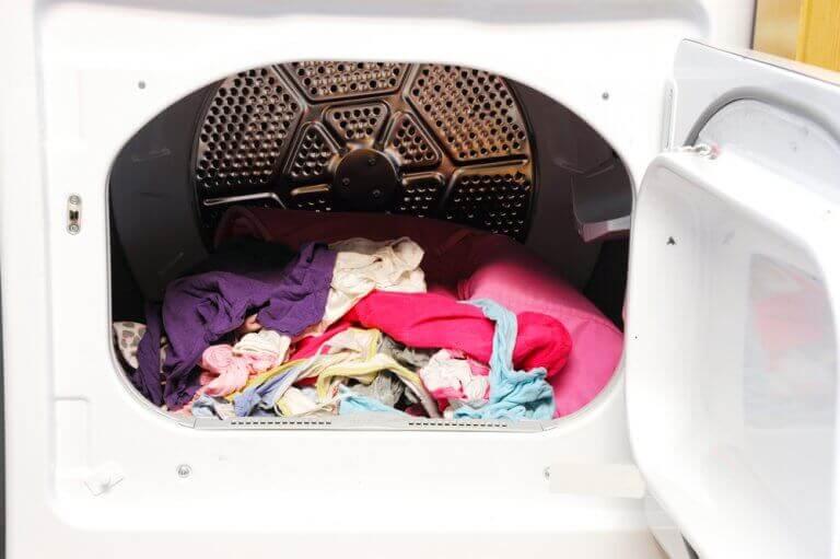 Com uma secadora, você economizará tempo