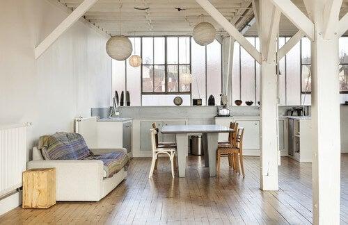 As cores e os materiais são um dos aspectos mais importantes na fusão de estilos decorativos