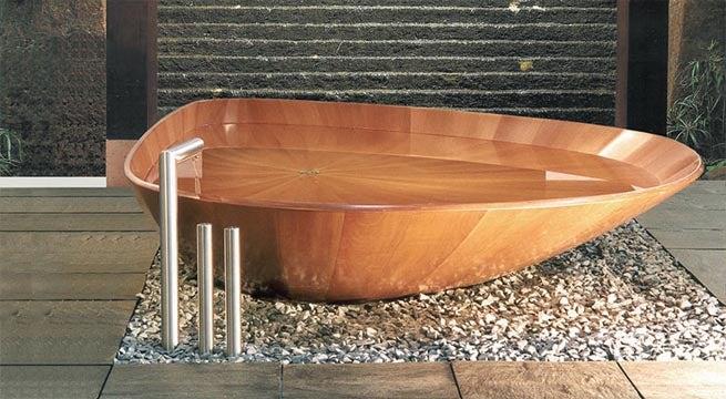 As banheiras poderiam ser feitas de madeira
