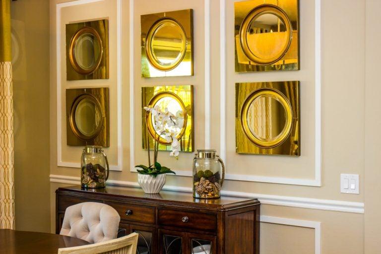 Como ampliar o espaço com espelhos para personalizar a sua casa