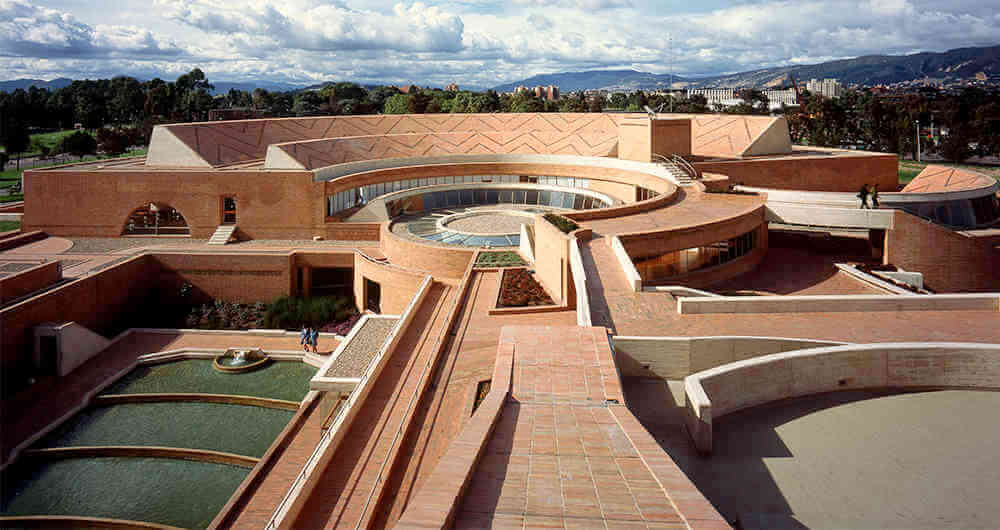 A arquitetura de tijolo aparente de Rogelio Salmona