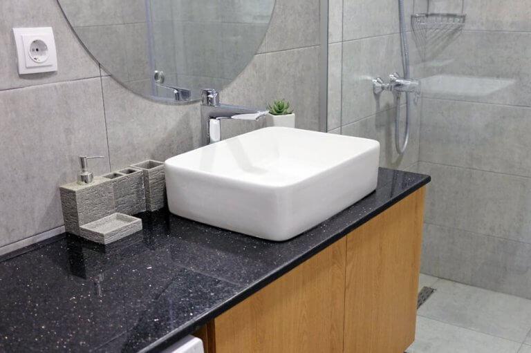 9 materiais para a bancada do seu banheiro