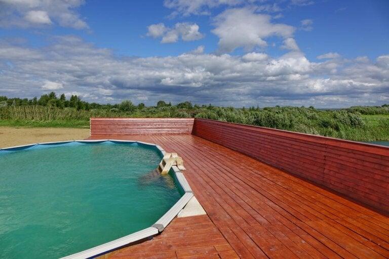 Benefícios das piscinas pré-fabricadas quando se trata de economia