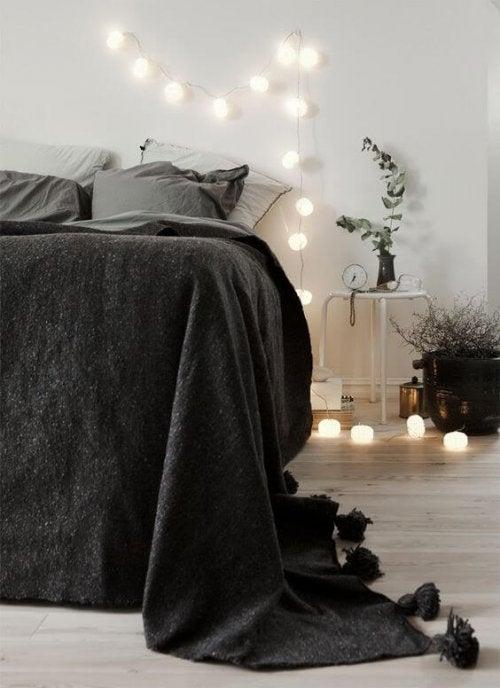 Yatak Odanız İçin Hafif Kapitone Bir Battaniye Seçin