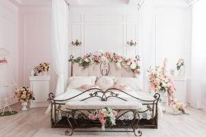 yatak odanıza tensel bir dokunuş katmak için fikirler