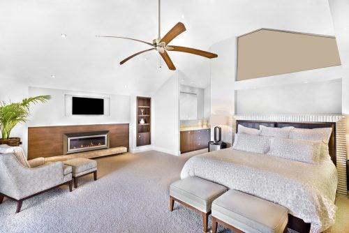 yatak odasında tavan vantilatörü