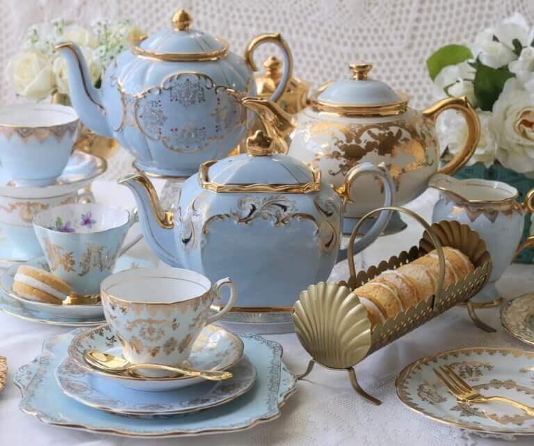 mavi altın porselen çay takımı