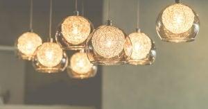 tavan aydınlatması küre şeklinde