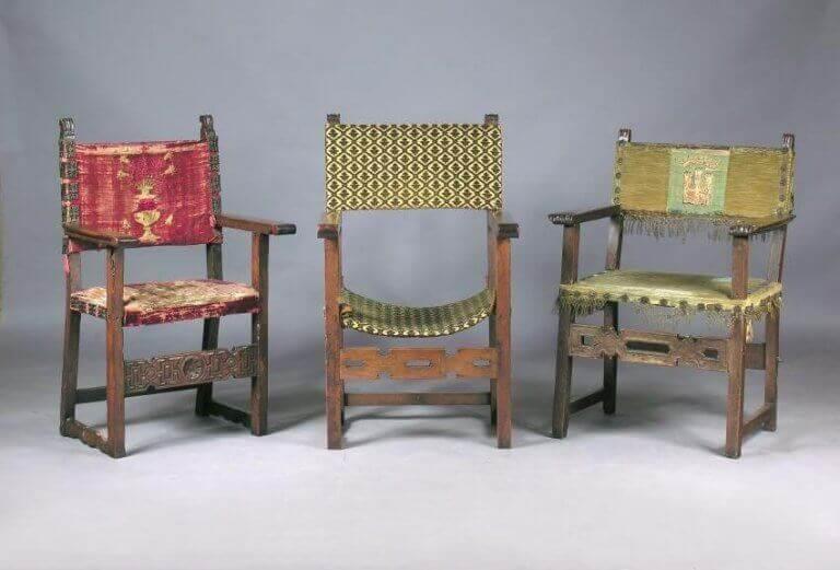 ortaçağ'da sandalyeler
