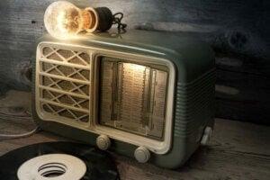 Vintage radyolar