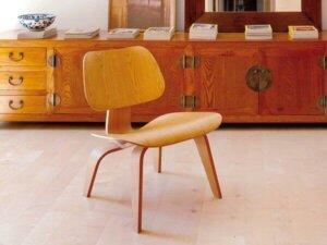 Tasarımcı çift Eames mobilya da üretiyor