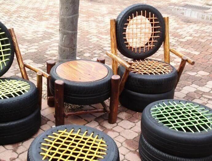 arkalıklı lastik sandalyeler