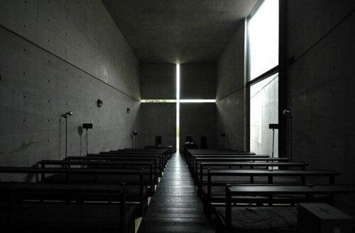 Tadao Ando tarafından yapılan ışık oyunları