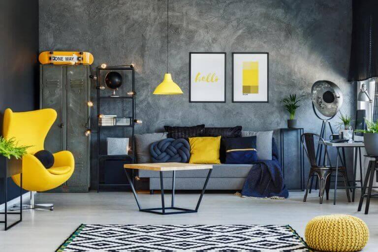 Koyu renk ağırlıklı oturma odası