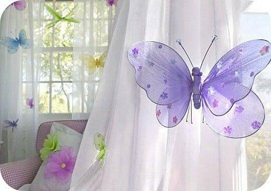 Kelebekli çocuk odası perdeleri