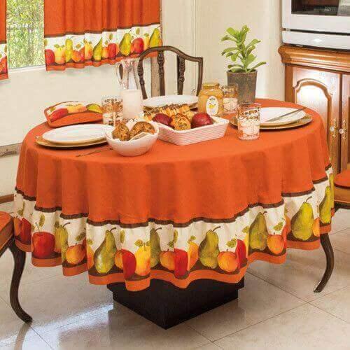 Turuncu üstüne meyve desenli masa örtüleri