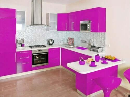 Evinizi Magenta Rengi İle Dekore Edin