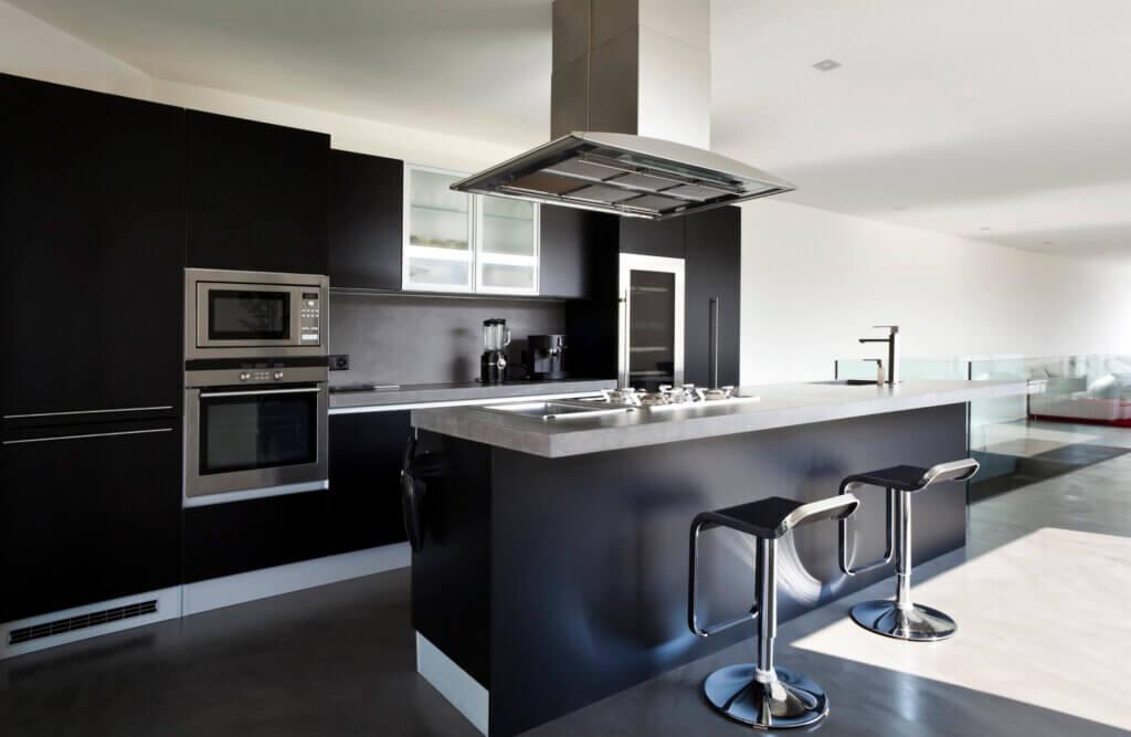 Siyah Mutfaklar: Üst Düzey Tasarımlar