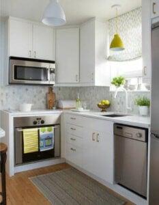 Küçük mutfağınızı düzenli ve temiz tutun.
