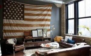 Gerçek Amerikan tarzında evlerde vatansever bir hava var.
