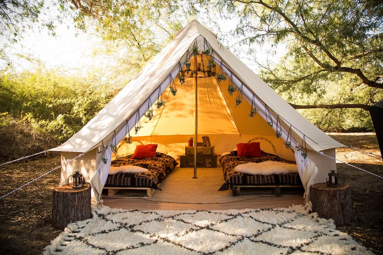 bahçede kamp yapmak