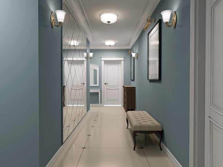What is the Ideal Decoration for Hallways?