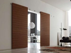 Wood sliding door / ventanasinfo.com