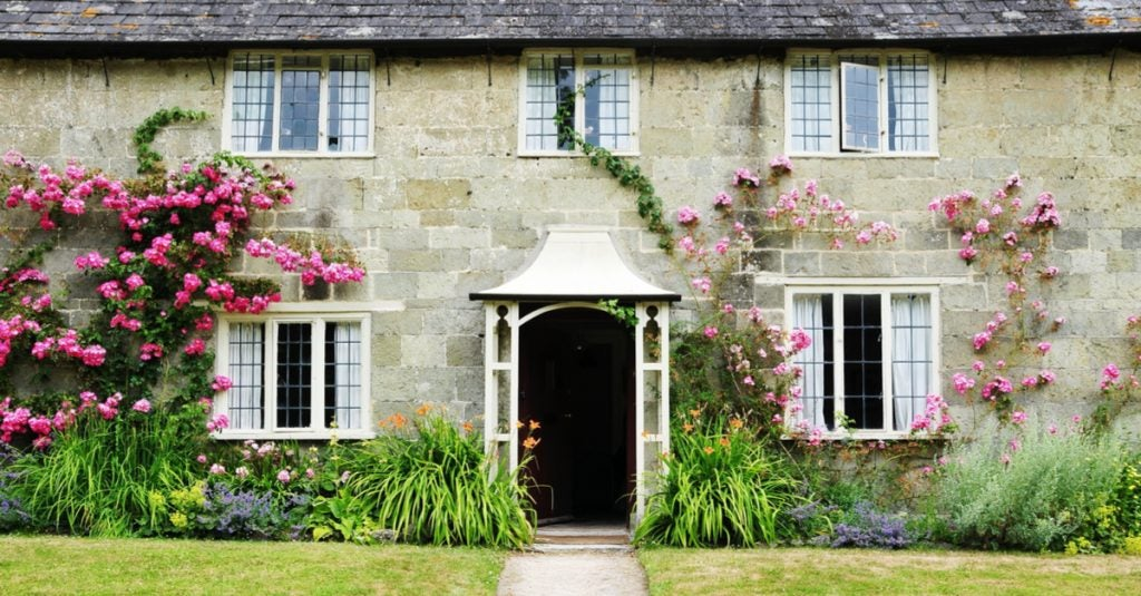 Top Five Country Houses in Cinema