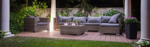 Use wicker sofas as outdoor furniture