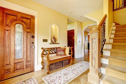 Rustic style entrance hall with wooden floor