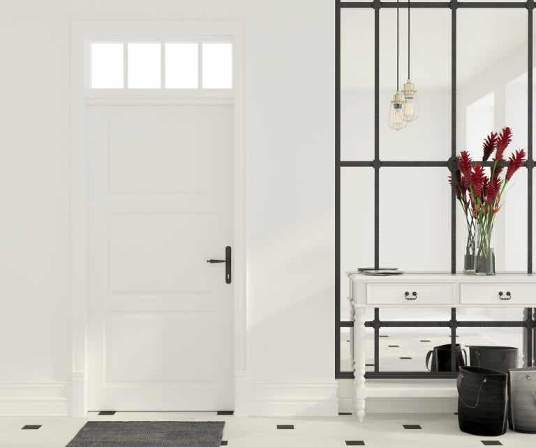 Different Ways to Decorate Your Home Entrance