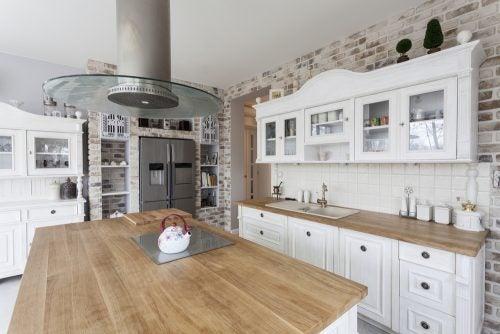 contemporary mediterranean style kitchen