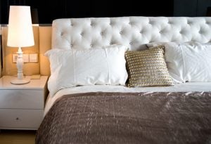 Silk bed sheets don't just look great, they're also really practical.