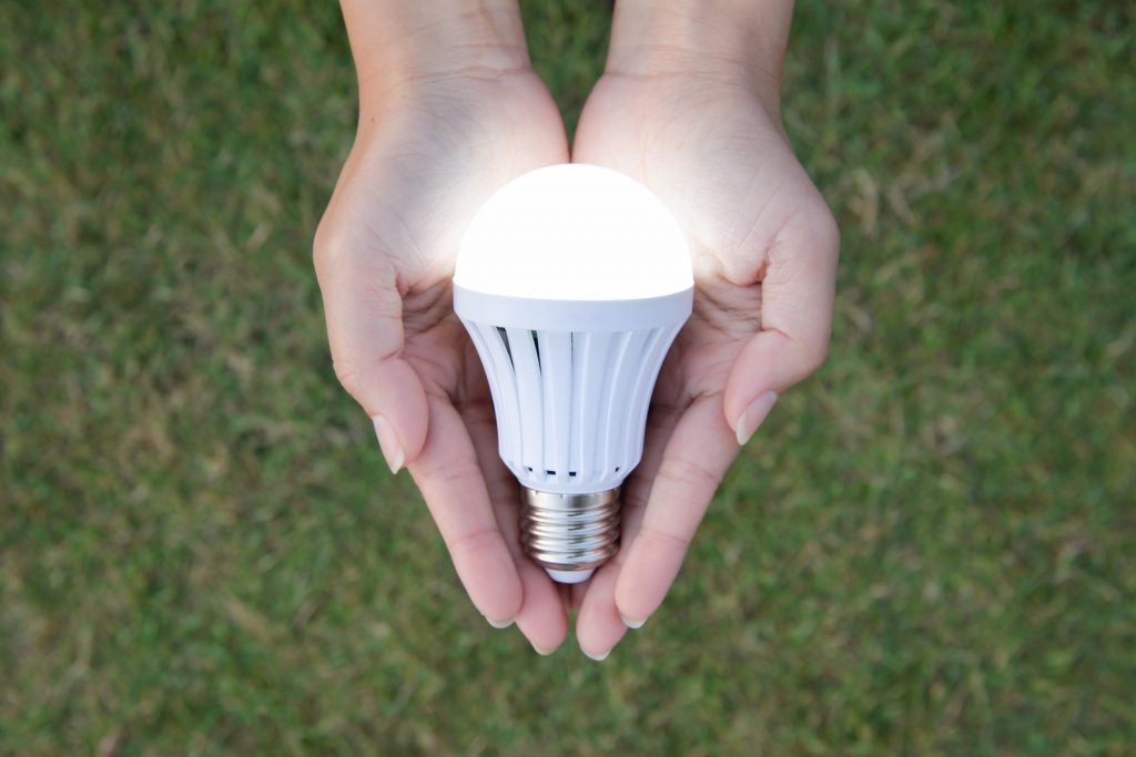 The Advantages of the LED Light Bulb