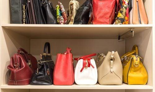 Use shelves for storing handbags
