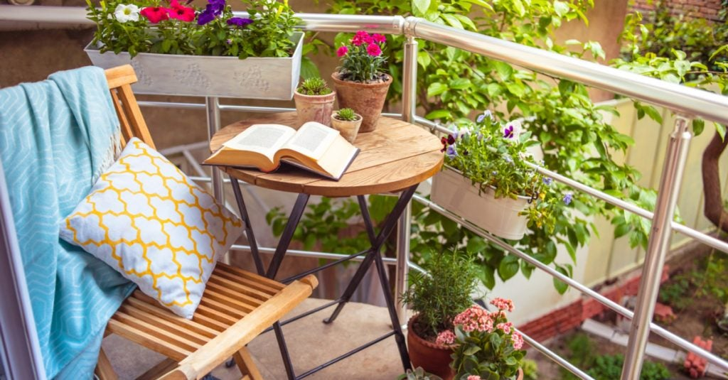 Ideal Balinese Beds for your Terrace